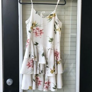 Small White Floral Dress- Excellent condition !!
